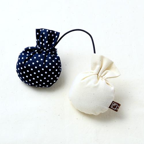 シューキーパー(紺・茶)