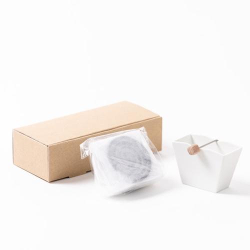 くすのき香10巻+吉田焼お香立て(白)